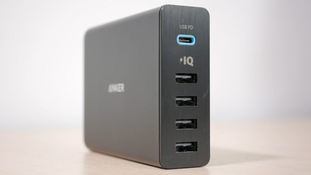 Anker 60W fast charger alternative to Apple's 29W
